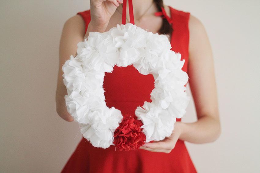 DIY Une couronne de Noël fleurie - Miss Blemish  Blog Lifestyle ...